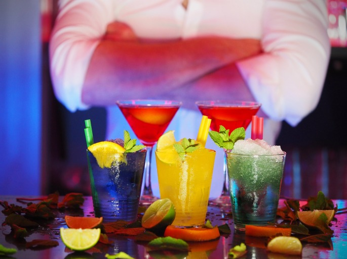 vocabulary for ordering drinks at a bar